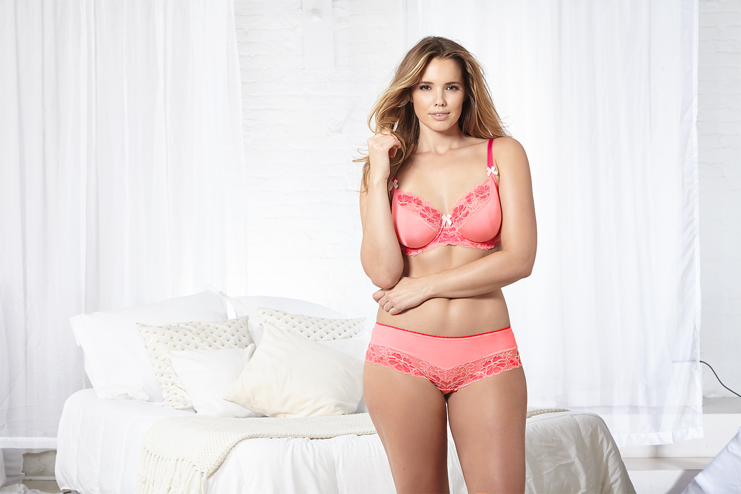 aa2d78178bb09 A full coverage bra is best for ladies who battle with spillage over their  cups. If you re wearing the right cup size