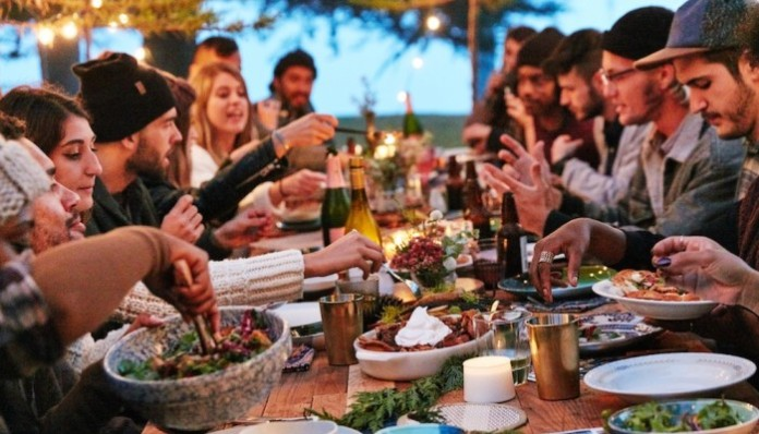 5 Tips To Throw An Awesome Friendsgiving Adore Me